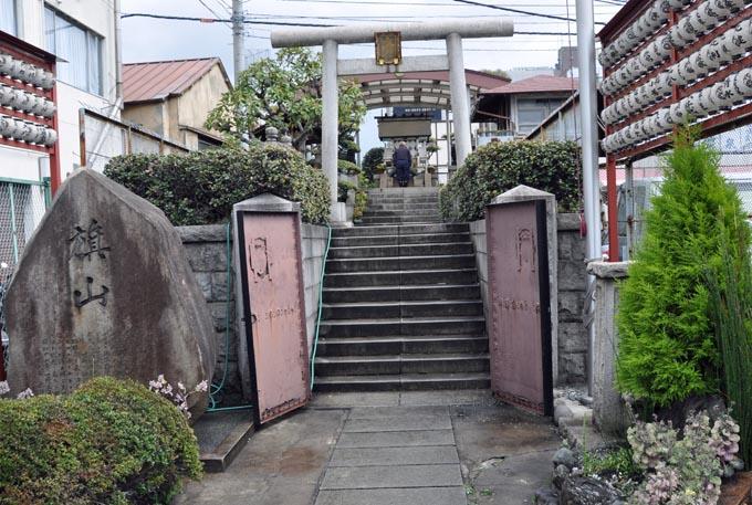 Tsukiji Shrine