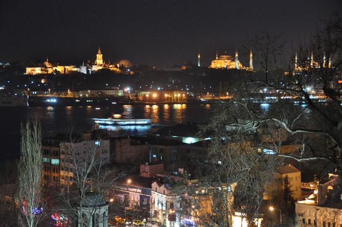 Night view of the Bosphorus from Residence La Vue