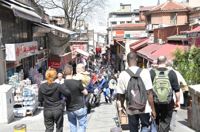 Uzuncarsi Caddesi