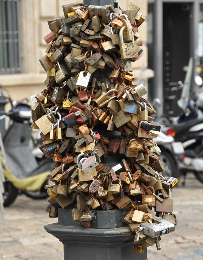 Lecce Locks