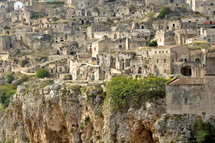 A tour of the Sassi of Matera Italy