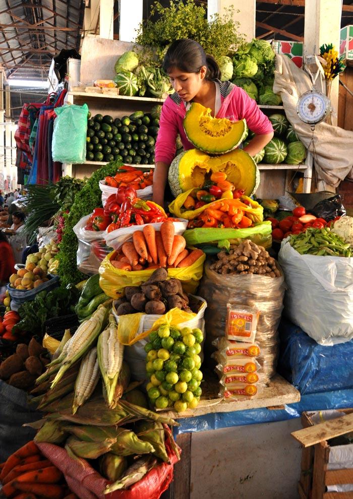 Mercado San Pedro-the central market in Cusco Peru on www.wired2theworld.com