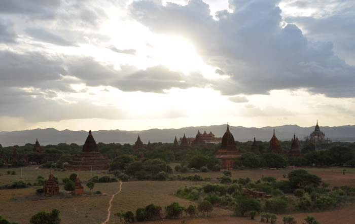 Shwesandaw Pagoda, Bagan's Sunset Temple