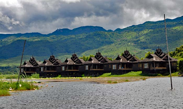 Inle Resort Royal lake View Villas