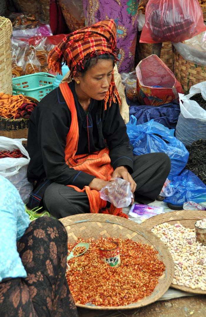 Market on Inle Lake (11)