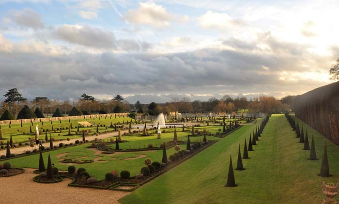 Hampton Court Formal Garden