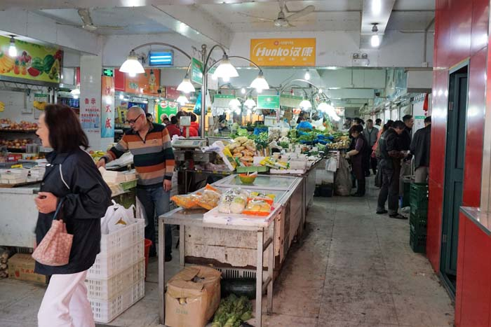 Wet market in Shanghai's French Concession neighborhood