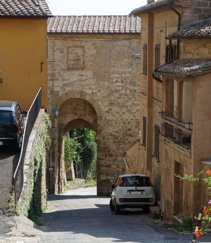 Montepulciano Street